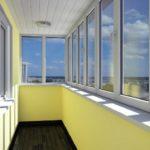 Особенности и разновидности остекления балконов